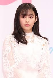 中村アン、土屋太鳳、森七菜、堀田真由が魅せる可憐なロング丈コーデ ...
