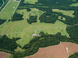 ポヴァティ・ポイントの記念碑的土塁群 アメリカ 世界遺産オンライン ...
