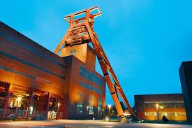 エッセンのツォルフェアアイン炭鉱業遺産群|ドイツ|世界遺産 ...