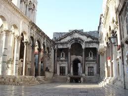 ディオクレティアヌス宮殿があるスプリトの歴史的建造物群 |世界遺産 ...
