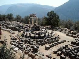 デルフィの考古遺跡|ギリシャ|世界遺産オンラインガイド