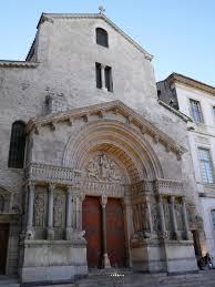 アルルのローマ遺跡とロマネスク様式建造物群|フランス|世界遺産 ...
