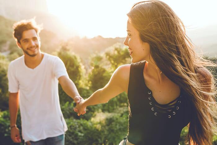 こうすれば可愛い!男性をデレデレさせるデートの別れ際 | 愛カツ