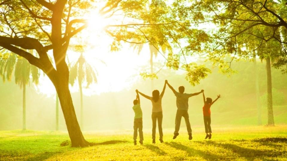 幸せについての学問「ポジティブ心理学」に学ぶ、幸福感を増やす5つの ...