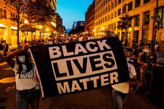 スパイク・リーはなぜ席を立ったのか。アメリカの黒人差別を理解する上 ...