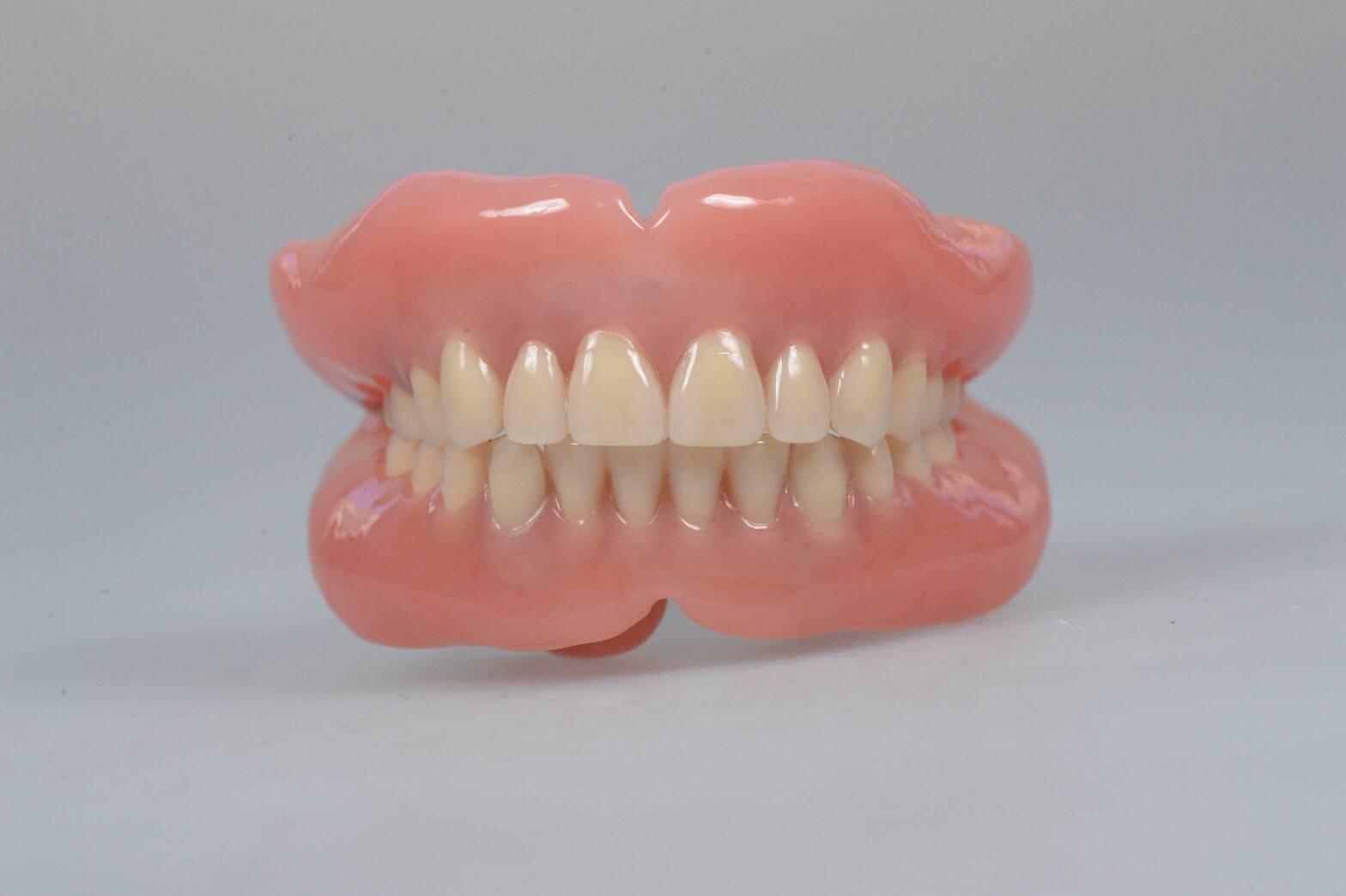 総入れ歯にするタイミングについて〜残せる歯があるかどうか不安です ...