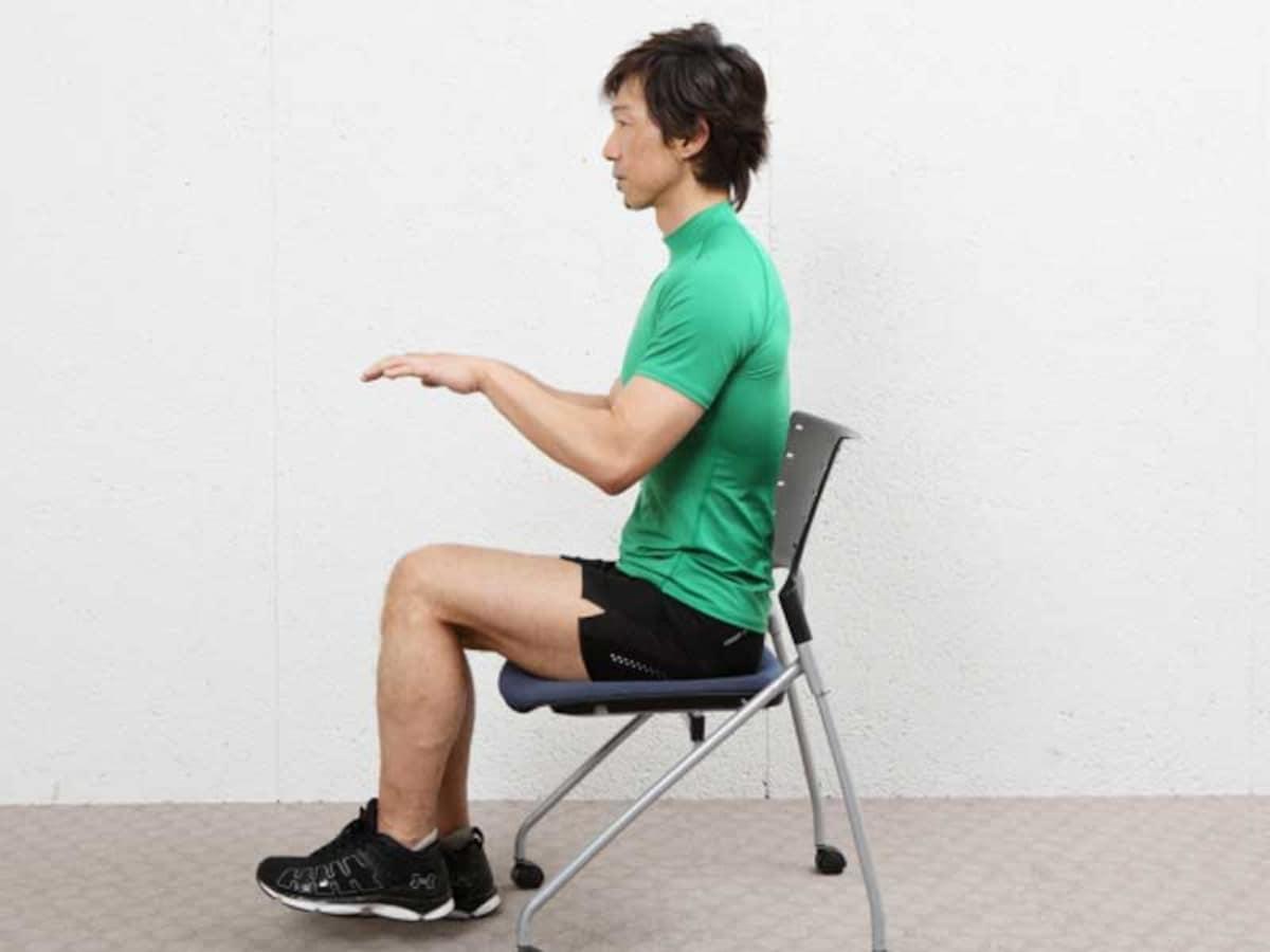 オフィスで筋トレ!椅子を使ってこっそりできる筋トレ3選 [筋トレ ...