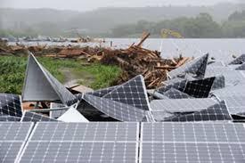 自然災害で太陽光パネルはあっという間にゴミになる。それなのに何故 ...