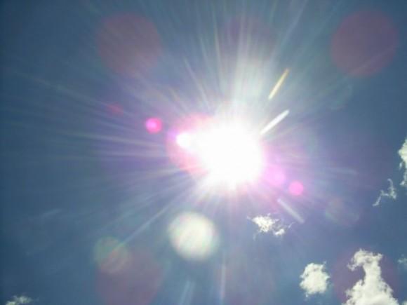 iPhone7などでは太陽光発電システムが導入される?Appleが関連特許を ...