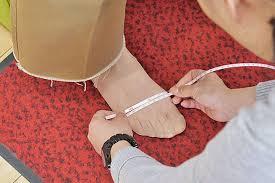サイズ選び安心「足の計測サービス」|よみもの|シューマート