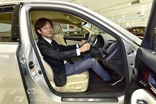 """車のシート """"最速の座り仕事人""""が教える疲れにくい3大条件 - 自動車 ..."""