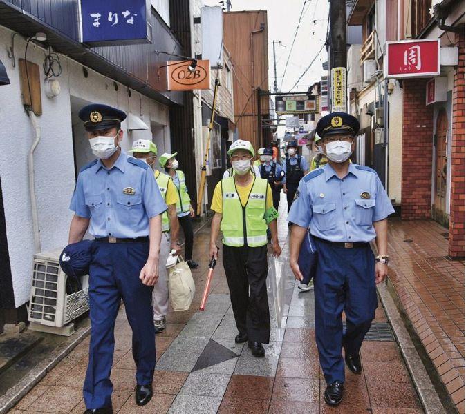 犯罪防止へ、見回り15年 田辺の弁慶パトロール隊:紀伊民報AGARA