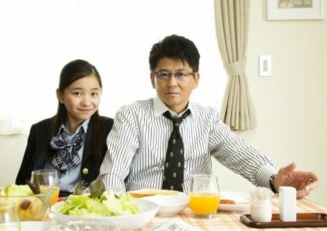 哀川翔、次女・桃子と父娘初共演「ナチュラルで良かった」 | ORICON NEWS