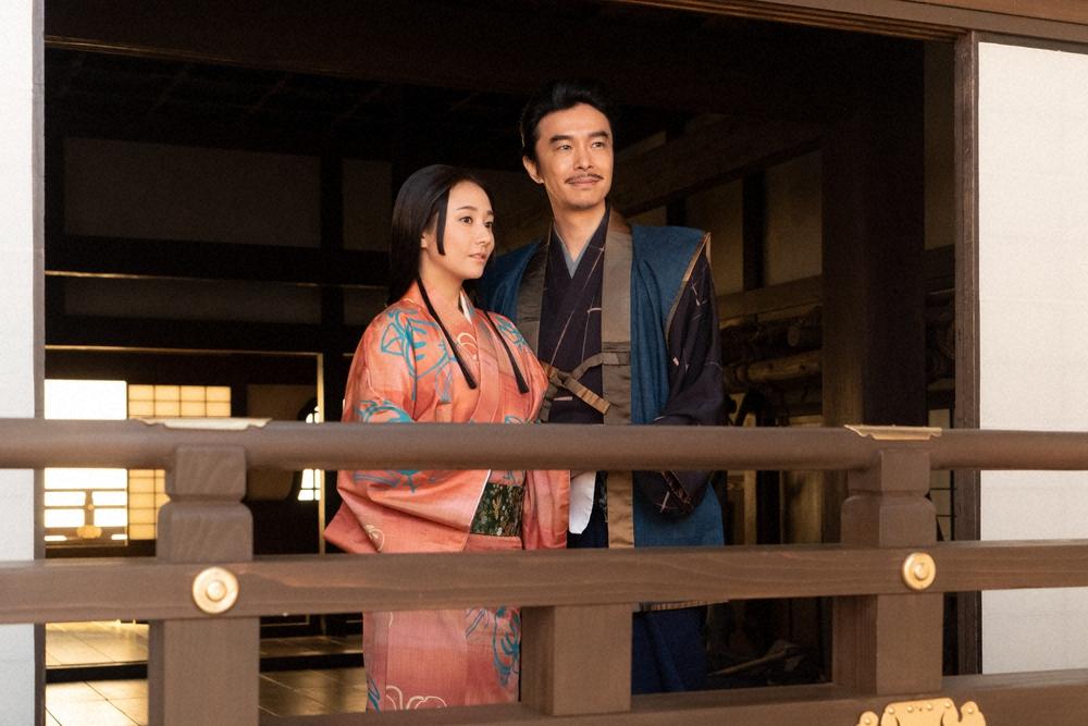 NHK大河ドラマ「麒麟がくる」で、坂本城の天守で語り合う煕子(木村 ...