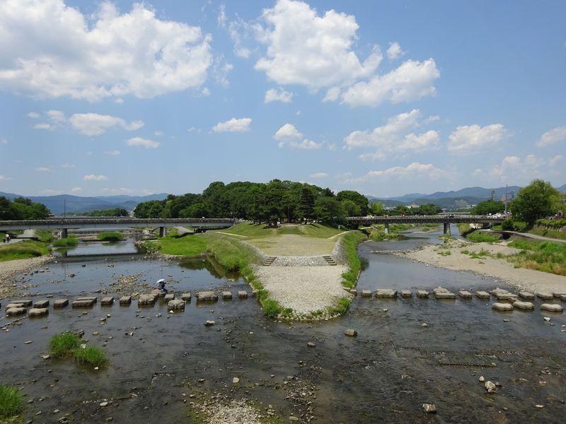 京都の水辺を満喫!「鴨川デルタ」は大人も子供も楽しめる究極の憩いの ...