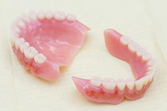 入れ歯の種類・料金表 - 柏・松戸 精密入れ歯(義歯)相談室
