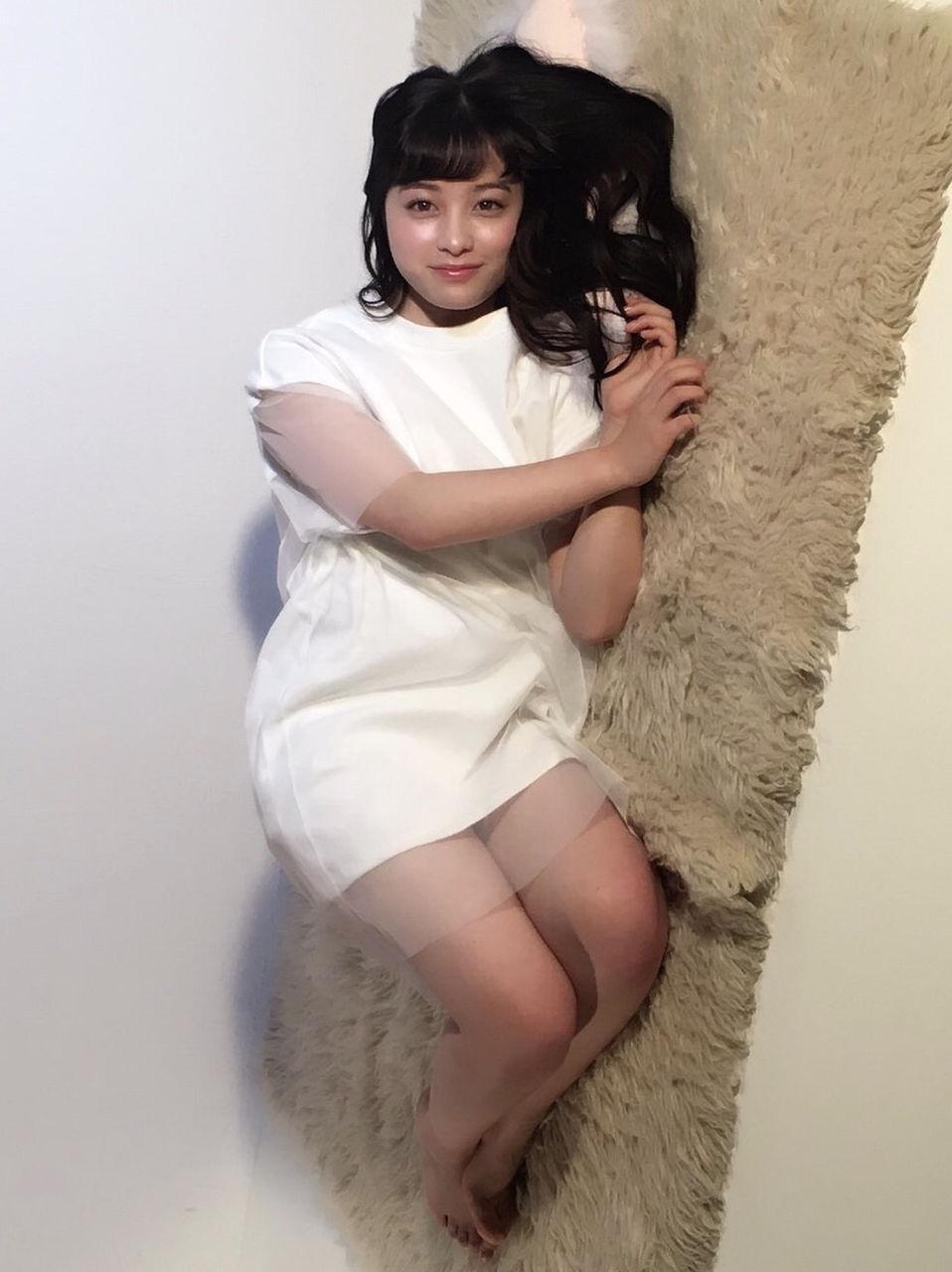 橋本環奈がデブにみえるセクシーな画像www :: タレントイズム ...