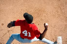 少年野球ピッチング指導のコツ