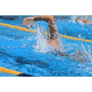 泳ぐ(水泳) - GAHAG | 著作権フリー写真・イラスト素材集