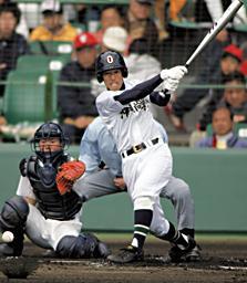 asahi.com:すり足フォーム、前嵩が連続完投 打線も援護 - スポーツ