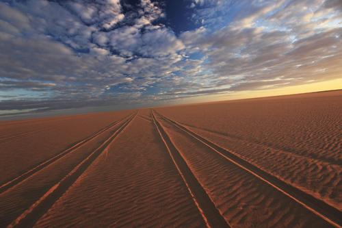 地平線 リビア砂漠の旅-1 | 野町和嘉ブログ