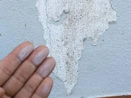 外壁塗装の剥がれでチョーキング現象が起きています。この状態は?豊中 ...