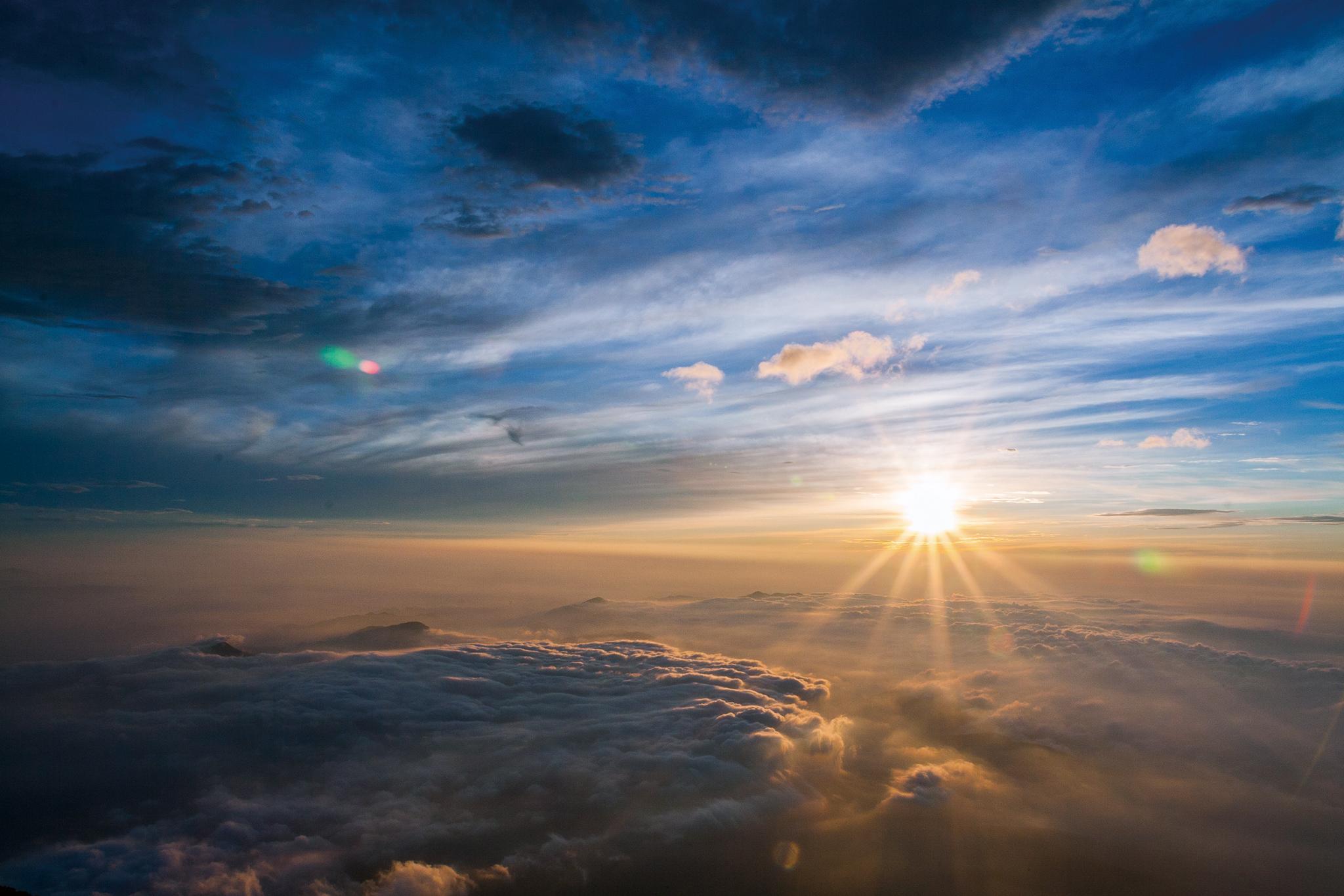 夜明け前が一番暗い 朝日を浴びるには東に向いていよう   人生は創作 ...