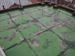 防水層に水が入ってしまうと劣化がどんどん進んでしまいます。 | 防水 ...